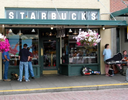 first_starbucks.jpg